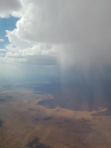 Regenschauer die meistens nicht den Boden erreichen
